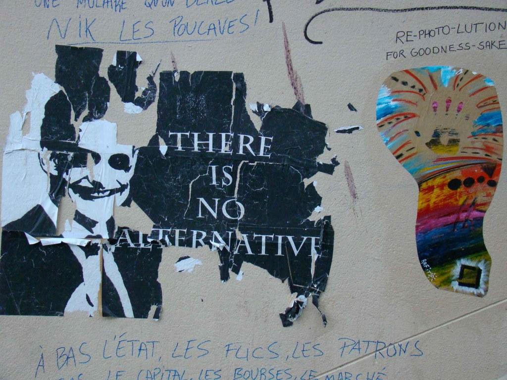 Posters e colagem - em Paris