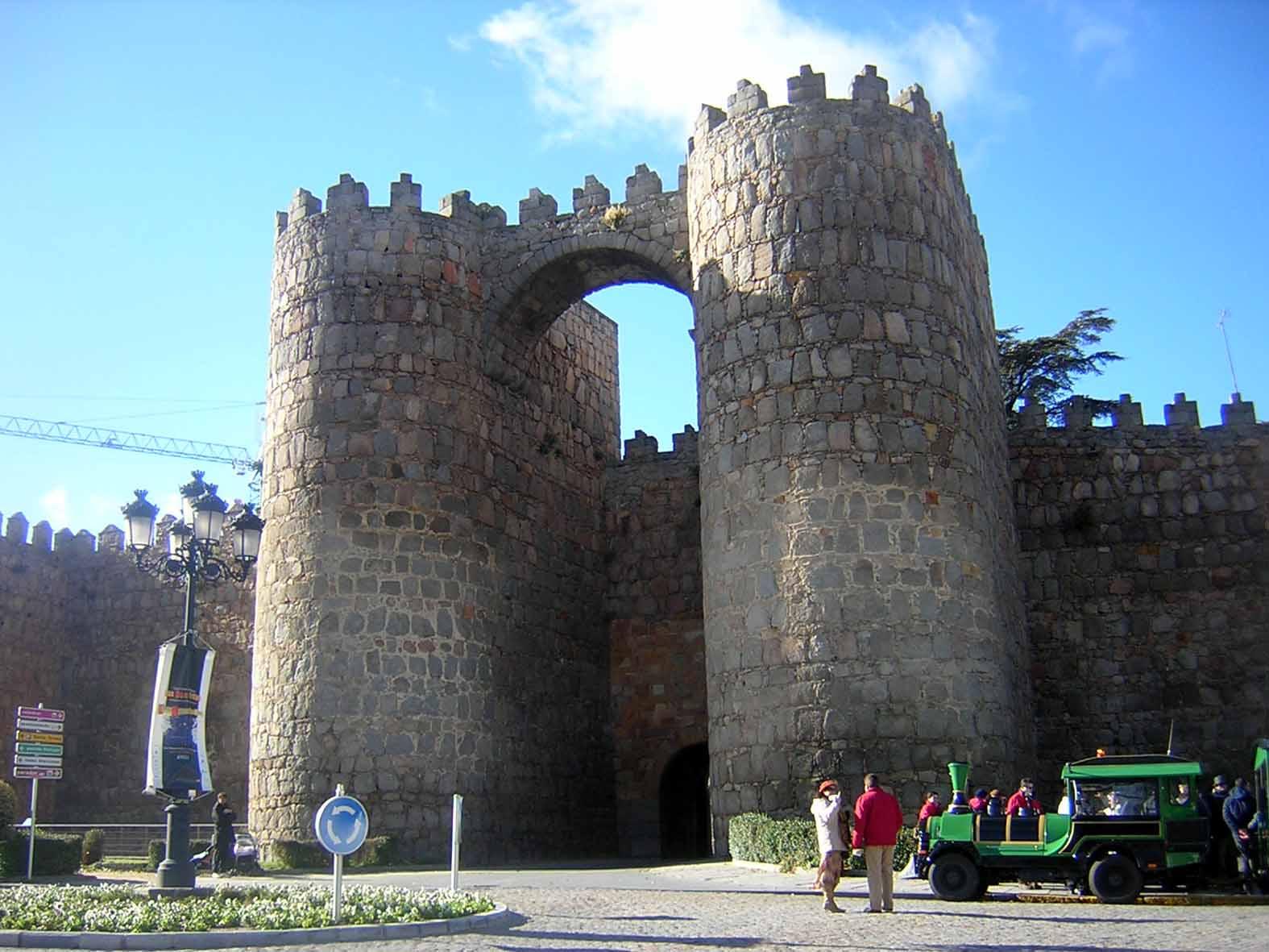 Porta da muralha de Ávila