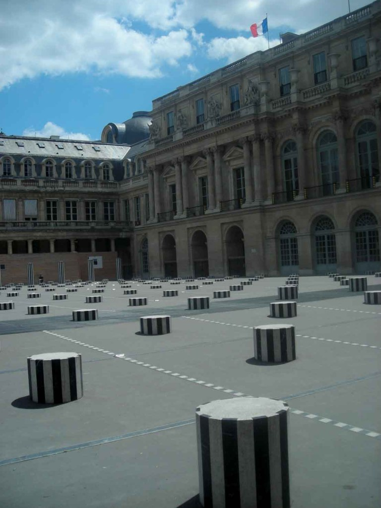 Colunas no Palais Royal - Paris
