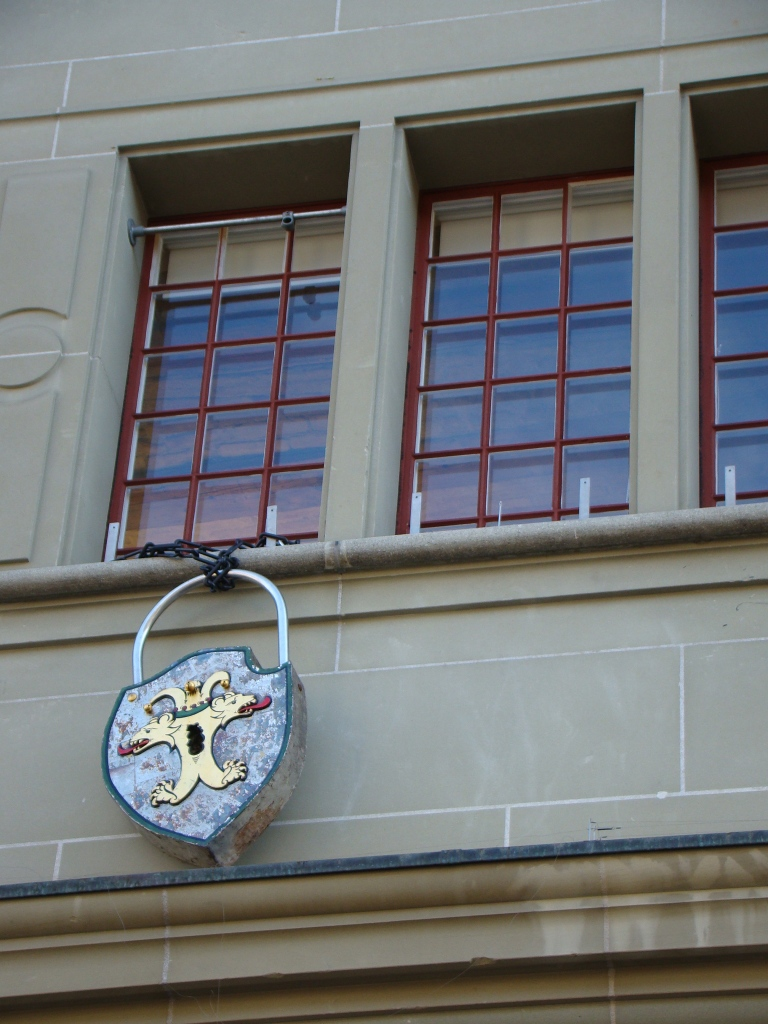 Cadeado na torre da prisão em Berna