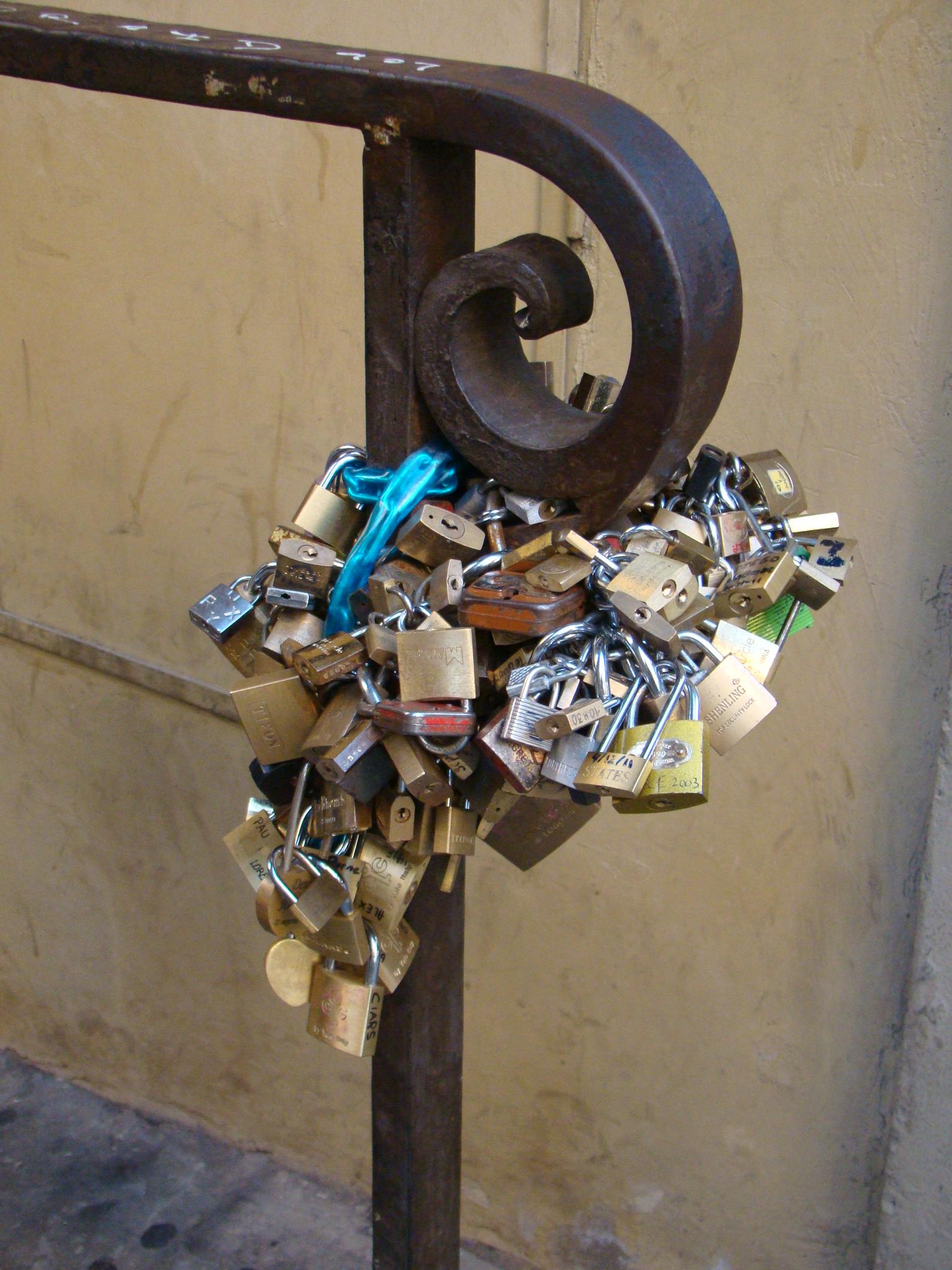 Cadeados em Ponte Vecchio - Florença