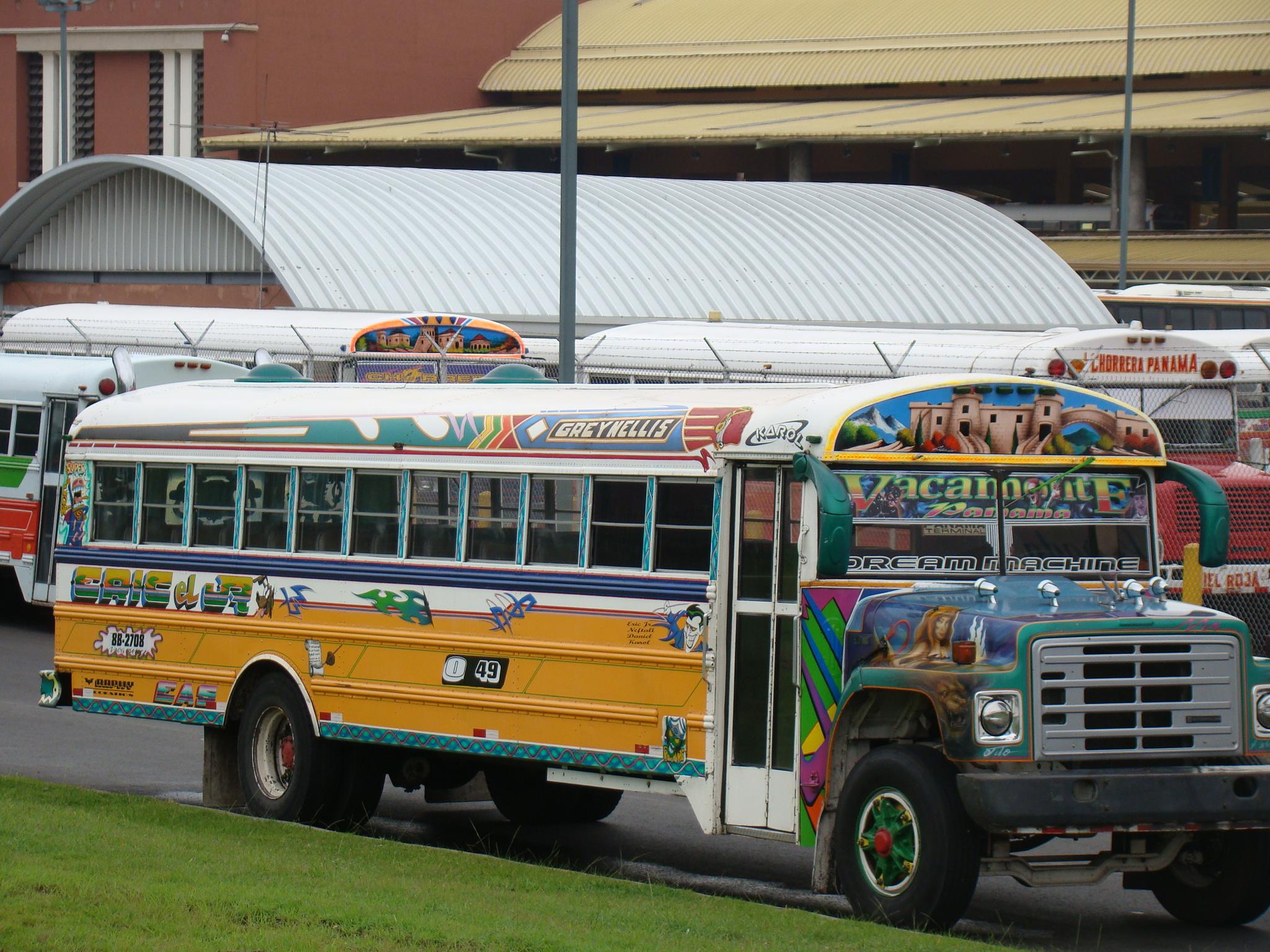 Ônibus na cidade do Panamá