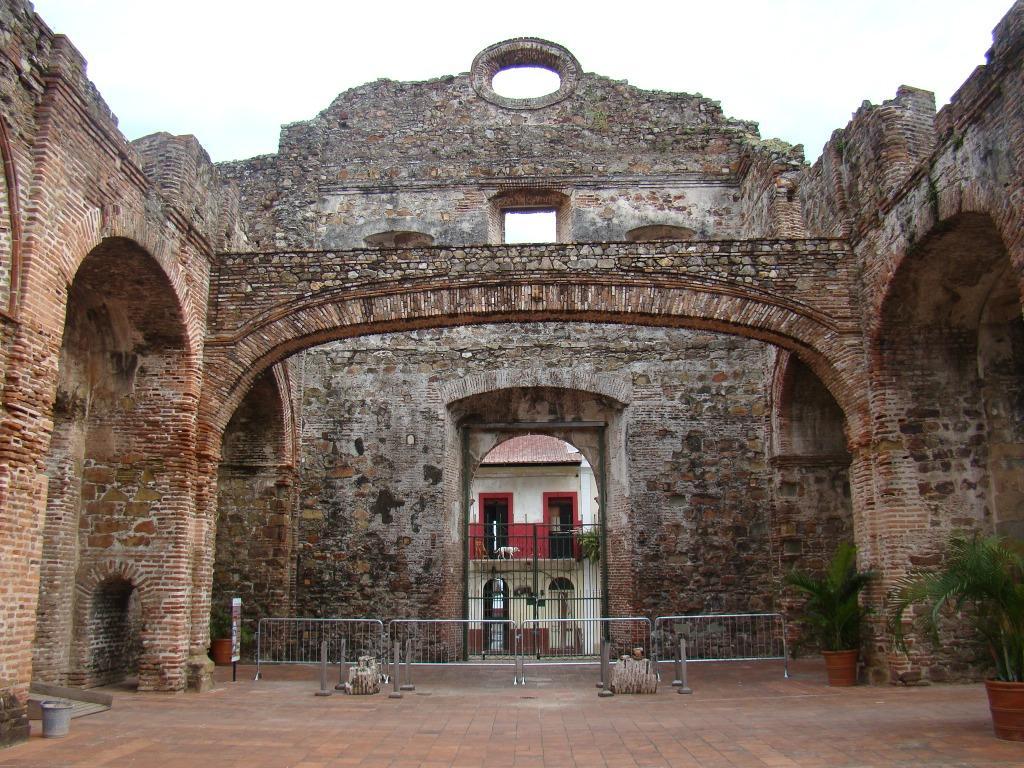 Ruínas - Casco Antiguo - Panamá