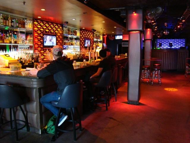 Q Bar - Castro