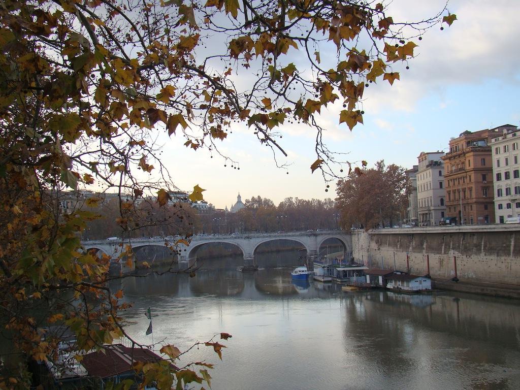 Ponte em Roma