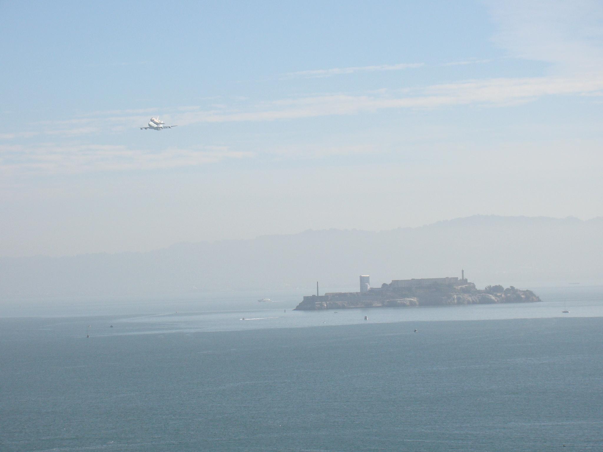 Endeavor e Ilha de Alcatraz