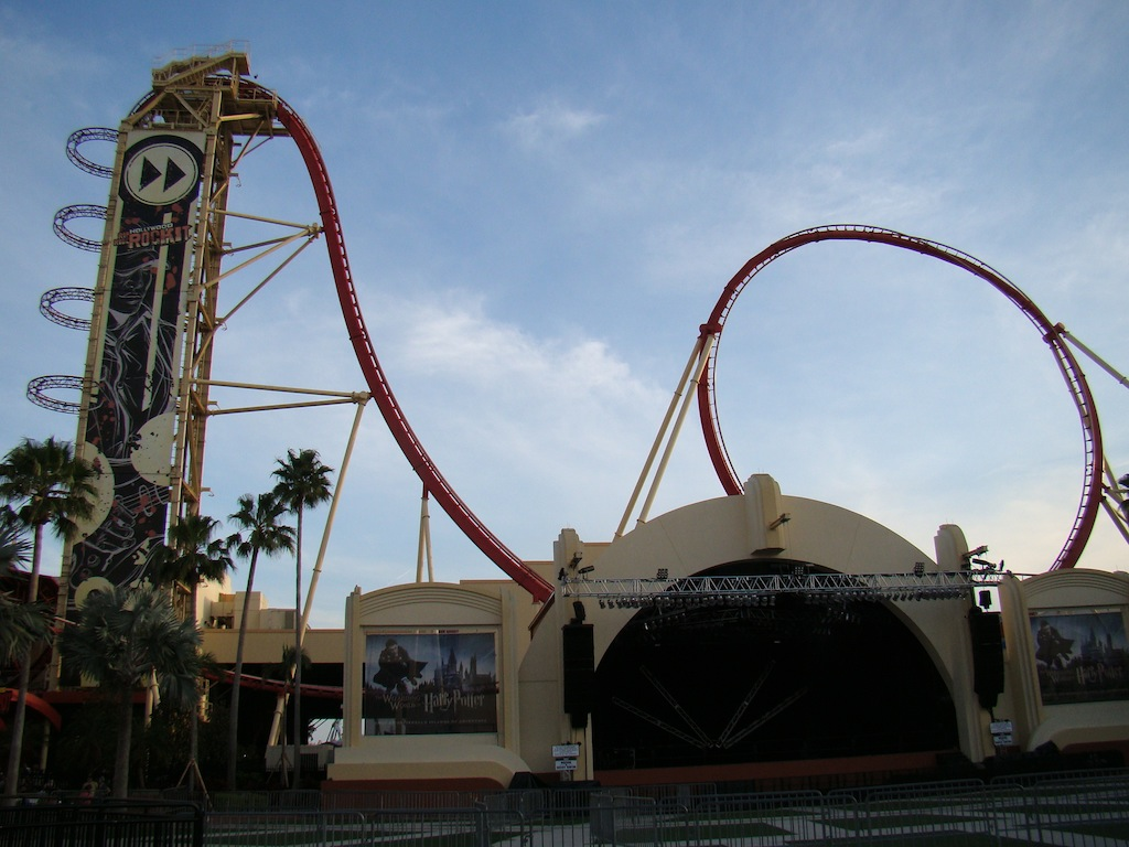 Looping gigante na Hollywood Rip Ride Rock it - Universal
