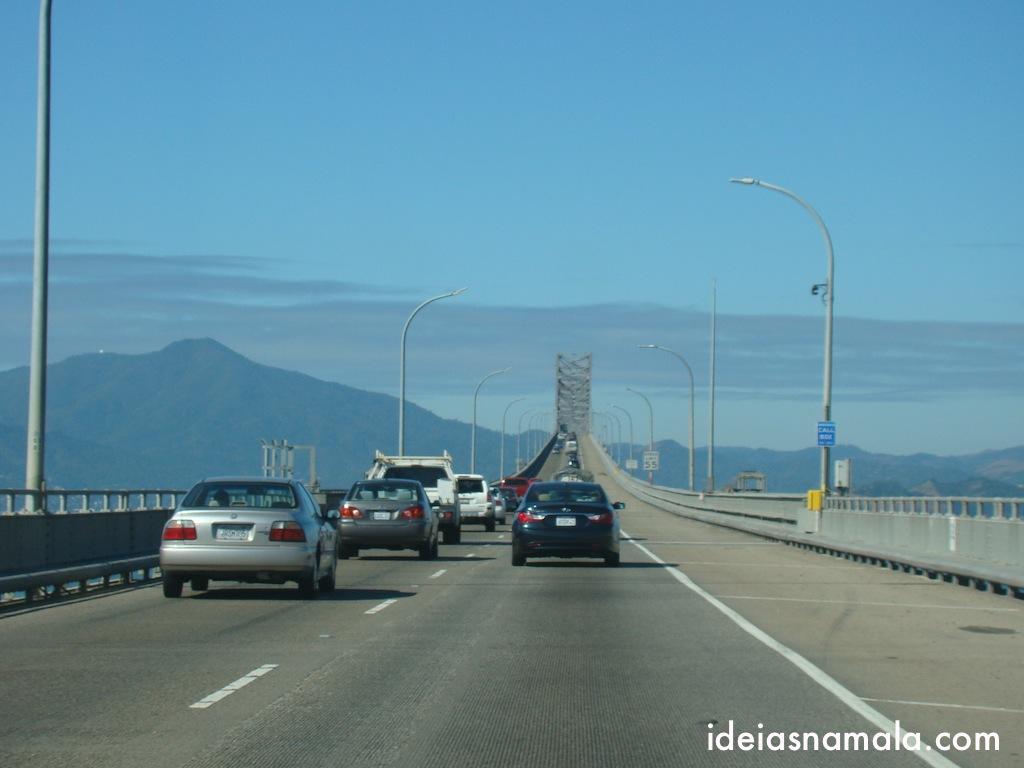 """ponte """"San Raphael – Richmond"""" tiradas de dentro do carro"""