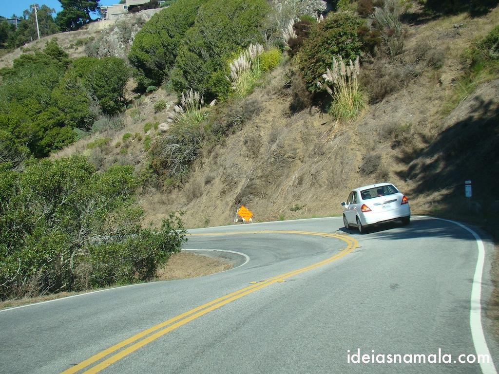 estrada é sinuosa rumo ao Muir Woods